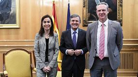 Foto de Feique, ADIF y el Ministerio de Fomento renuevan su Acuerdo de colaboración para el impulso del transporte de productos químicos por ferrocarril