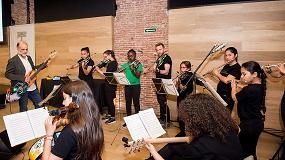 Foto de La Orquesta de la Música del Reciclaje, un ejemplo de tolerancia en el ciclo del Espacio Somos de la Fundación Botín
