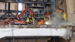 Foto de Retasur ejecuta la demolición de la antigua fábrica de Cruzcampo en Sevilla con robots Husqvarna
