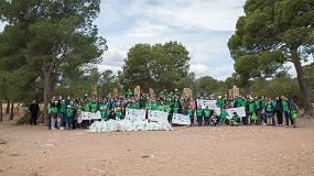 Foto de El Voluntariado Verde de Cicloplast y Aimplas organiza una actividad de sensibilización ambiental en el Parque Natural Serra Calderona de Valencia