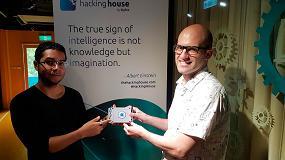 Foto de Dos estudiantes de la UPC, los primeros españoles en participar en la incubadora global de internet de las cosas Hacking House de Sigfox