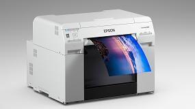 Foto de Epson lanza una impresora fotográfica comercial compacta que admite una amplia gama de formatos