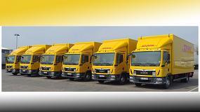 Foto de Camiones MAN con alta tecnología y techo solar de Trailar para DHL Freight