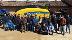 Foto de New Holland organizó un programa personalizado sobre maquinaria de recolección