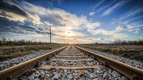 Foto de No Reino Unido há uma linha férrea totalmente movida a energia solar