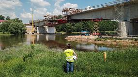 Foto de Flexibilidad y seguridad con el carro de voladizos sucesivos CVS de Ulma en la construcción del Puente MS-4B de Polonia