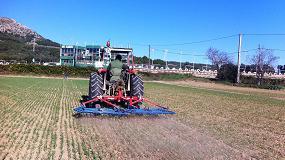 Foto de Control mecánico de malas hierbas en cebada