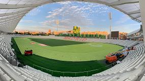 Foto de OLI equipa espaços de banho do renovado estádio Vallehermoso