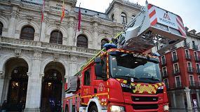 Foto de Los bomberos de Valladolid estrenan un nuevo camión Scania con una autoescala automática de 39 metros