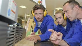 Foto de Fimma-Maderalia muestra el funcionamiento real de una carpintería con alumnos de FP
