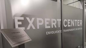 Foto de Expert Center para a Envolvente Transparente do Edifício inaugurado em Pombal