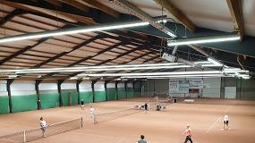 Foto de Luminárias Linea LED para Campos de Ténis Indoor (ficha de produto)