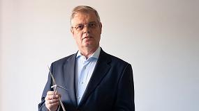 Foto de António Sá da Costa reeleito Presidente da EREF