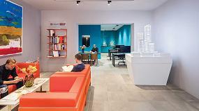 Foto de 'Spot-on' de Erco para una colorida tienda en Frankfurt