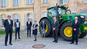 Foto de Markwart Von Pentz, executivo sénior da John Deere, doutor honoris causa da Universidade de Hohenheim