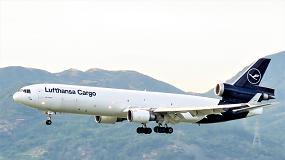 Foto de DB Schenker e Lufthansa Cargo operam o primeiro voo de carga neutro em CO2