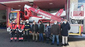 Foto de Transgrúas entrega su segunda plataforma Multitel Pagliero especial bomberos a la Diputación de Soria