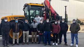 Foto de Grupo Elecnor equipa un tractor Fastrac con una grúa Palfinger PK 18502 SH