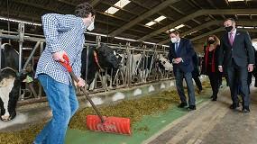 Foto de El ministro Planas se muestra partidario de mantener las ayudas asociadas a vacuno, ovino y caprino
