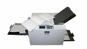 Foto de EMG presenta la nueva plegadora de sobremesa Duplo DF-1300L para formatos de hojas largas