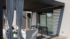 Foto de KE diseña una nueva zona outdoor para una villa residencial en Azzano Decimo