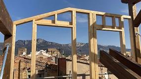 Foto de Remonta de edificio histórico con estructura de madera en Laguardia, Álava