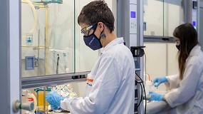 Foto de Investigaciones en reciclado químico darán una nueva vida en el sector cerámico a los composites utilizados en los aerogeneradores y en aeronáutica
