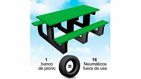 Foto de Fabricación de mesas de picnic ecológicas de caucho reciclado procedentes de neumáticos fuera fuera de uso