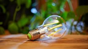 Foto de Signify presenta las primeras bombillas LED clase A de Philips, las bombillas con mayor eficiencia energética