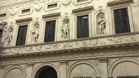 Foto de Milesi restaura las ventanas del Palazzo Spada de Roma