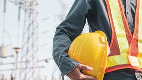 Foto de A importância do uso de equipamento de proteção individual na área da manutenção e indústria energética