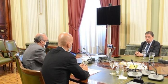 Entrevista con el ministro de Agricultura, Pesca y Alimentación, Luis Planas Puchades