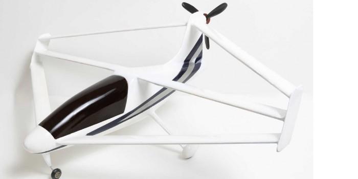 Diseño de tres alas unidas con propulsión eléctrica – Taupe