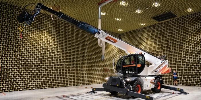 Bobcat presenta su nueva generación de manipuladores telescópicos giratorios