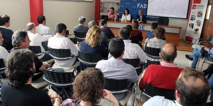 Asoma y Asmadera muestran a los profesionales asturianos del sector las ventajas y prestaciones de los cerramientos de madera