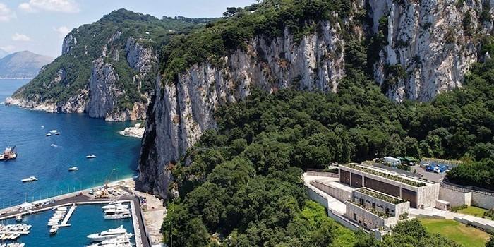 Central eléctrica Terna en Capri