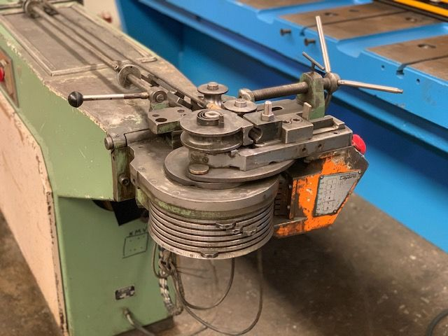 Curvador de tubos para diametros de 32 mm