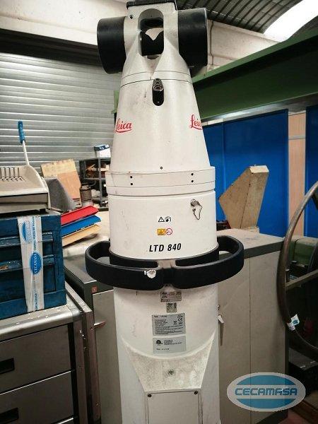 Láser de medición portátil LEICA LTD-840
