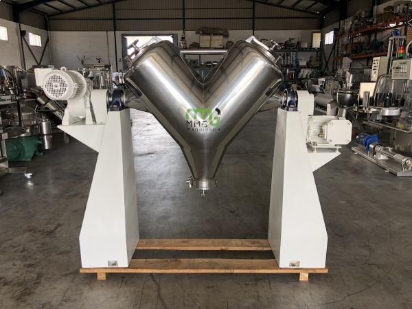 Mezcladora en V LLEAL de 250 litros con rompedor