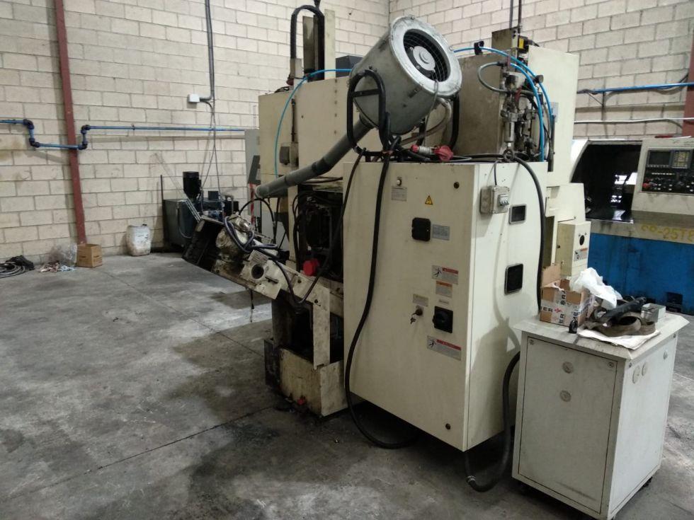 WASINO J5 Torno horizontal + Gantry robot