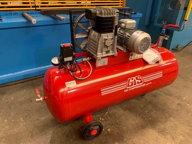 compresor con 200 litros de capacidad a estrenar