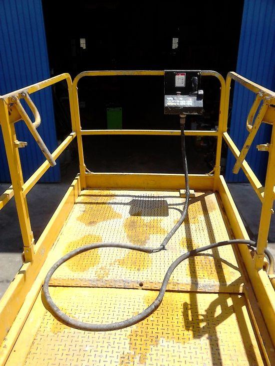 Plataforma elevadora de tijeras