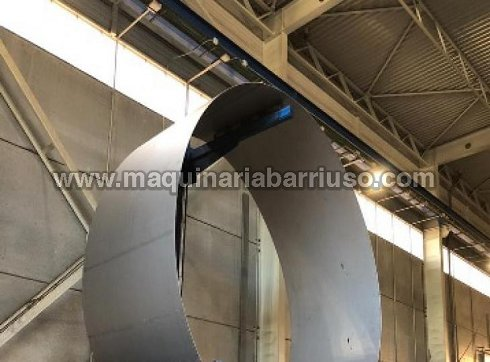 Cilindro hidraulico de tres rodillos  de 3050 x 28/35 mm y diametro de rodillos de 450 mm