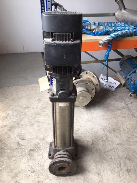 Bomba centrifuga multicelular grundfos cr2-220