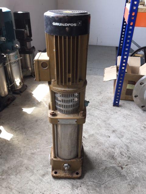 Bomba centrifuga multicelular grundfos cr2-130