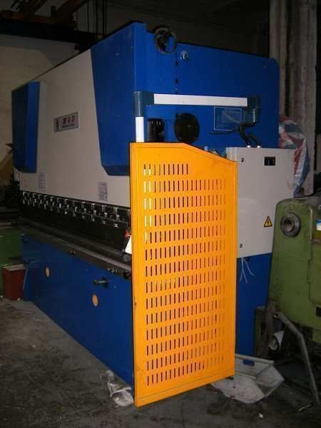 Plegadora nueva MQD 3200x125