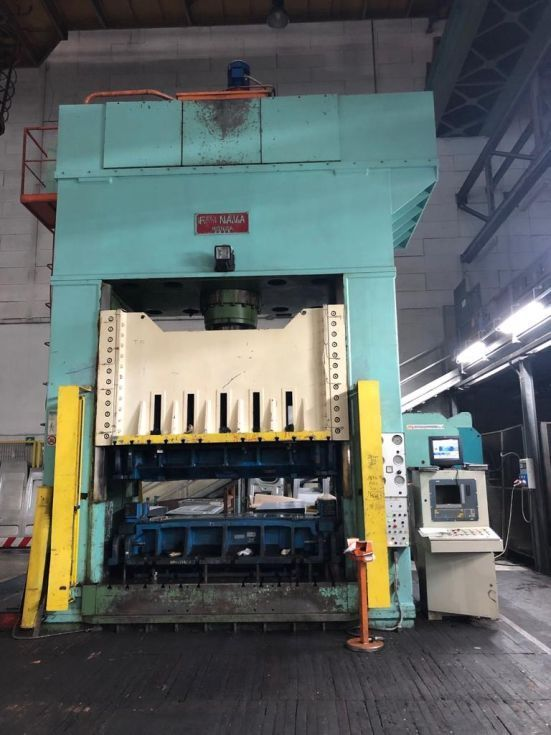 HYDRAULIC PRESS NAVA 450 TONS model 2MI 450/200