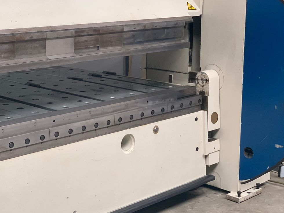 Fasti 215 CNC Folding machine 3200 x 4 mm Delem DA65 5164 = Mach4metal