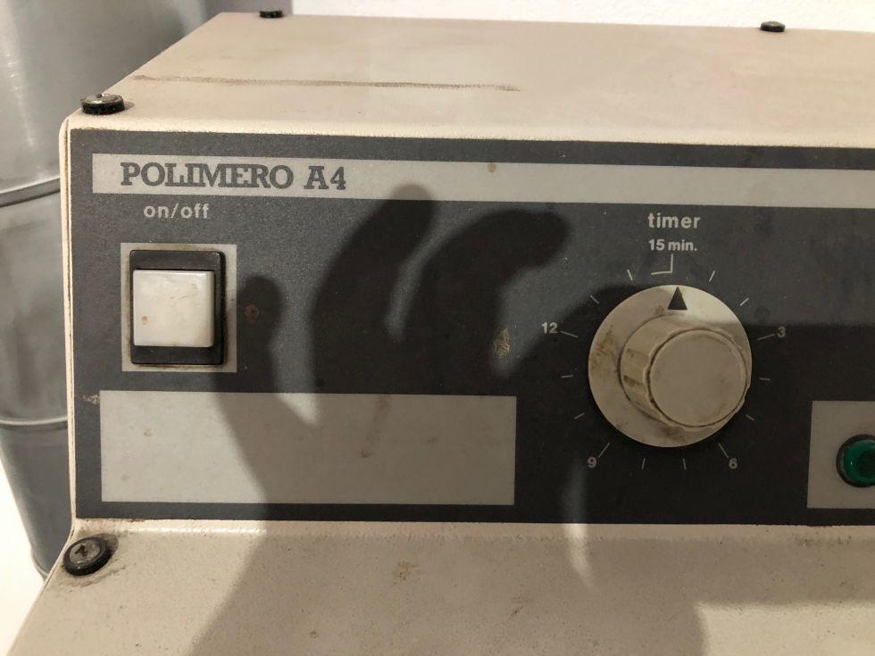 Máquina para revelar polímeros para tipografía ó flexografia POLIMERO A4