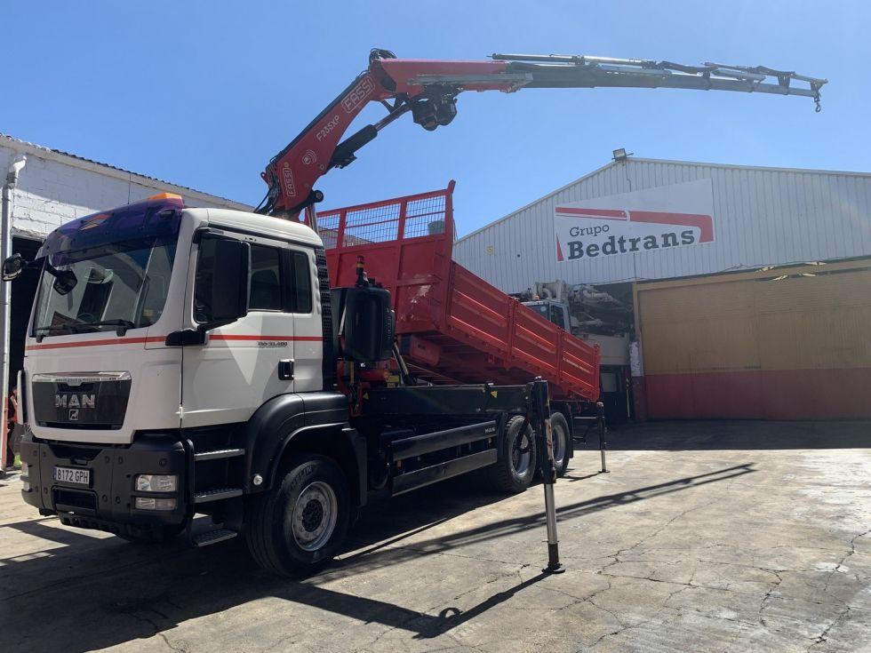 Camion grua basculante Man Tgs 33.400 Fassi F 235 Xp